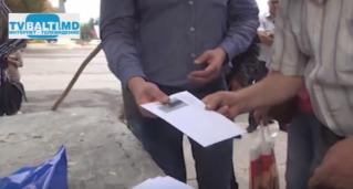 3 000 лей Р Усатый выделил из своих денег дворникам в Бельцах