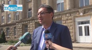 Р. Усатый отвечает на вопросы СМИ о выборах примара Бельцы-2015