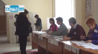 Как проходят Выборы Президента РМ в Бельцах Кому доверяют горожане 30 10 16