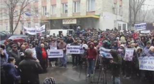 LIVE: Митинг перед зданием суда против сфабрикованного уголовного дела в отношении Ренато Усатого.