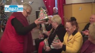 Клуб» Ветеран» получает новогодние подарки от» Сперанса»