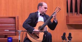 Всемирно признанный гитарист-Ровшан Мамедкулиев дал сольный концерт в Кишиневе. 2-е отд.