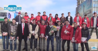 Поздравления от»Молодая Гвардия «и партия ПСРМ от имени президента РМ c 8 марта женщин Бельц