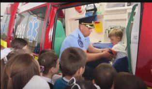 Copii in vizita la pompieri Bălți