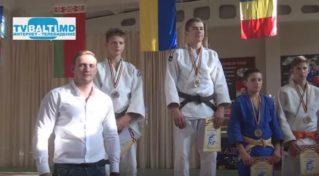 Награждение победителей турнира по дзюдо памяти А Найштута