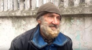 Легенда бельцкого бокса три года живёт на улицах города
