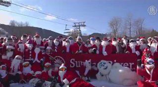 160 Санта-Клаусов съехали с горы на сноубордах и лыжах
