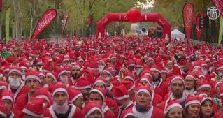 Тысячи Санта-Клаусов поучаствовали в благотворительных забегах в Европе