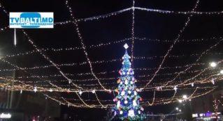 22 декабря зажглись Огни на Новогодней Ёлке Бельц