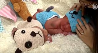 Новый год по-тайски: в роддоме младенцев одевают в костюмы собачек