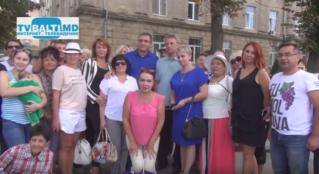 Бельцы встречают кандидата на пост президента РМ от партии» Наша Партия»- Д. Чубашенко.