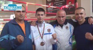 В. Присакару бронзовый призер Чемпионата Европы по боксу -2017 года